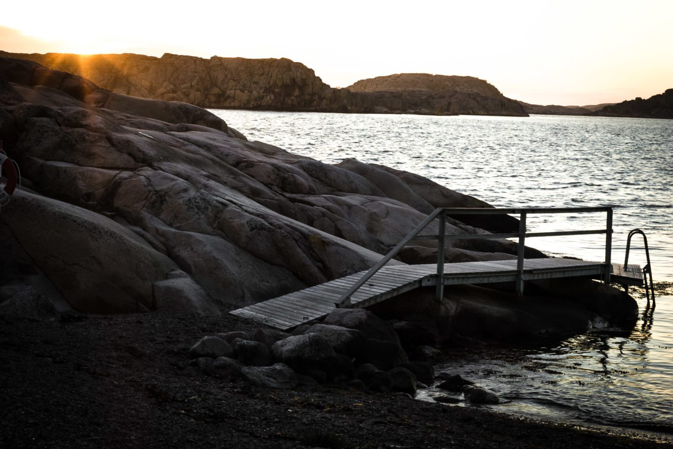 Camping in Hamburgö, a tiny island in the Swedish archipelago, thanks to allmansrätten. Cycle Touring Scandinavia