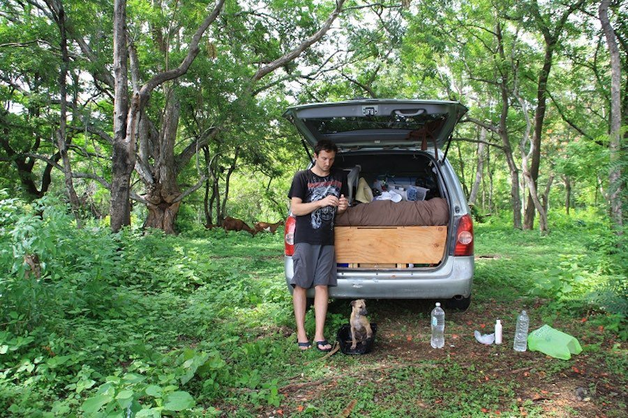 Street Tails: Coba, Jeanny, & Chad | Long Haul Trekkers