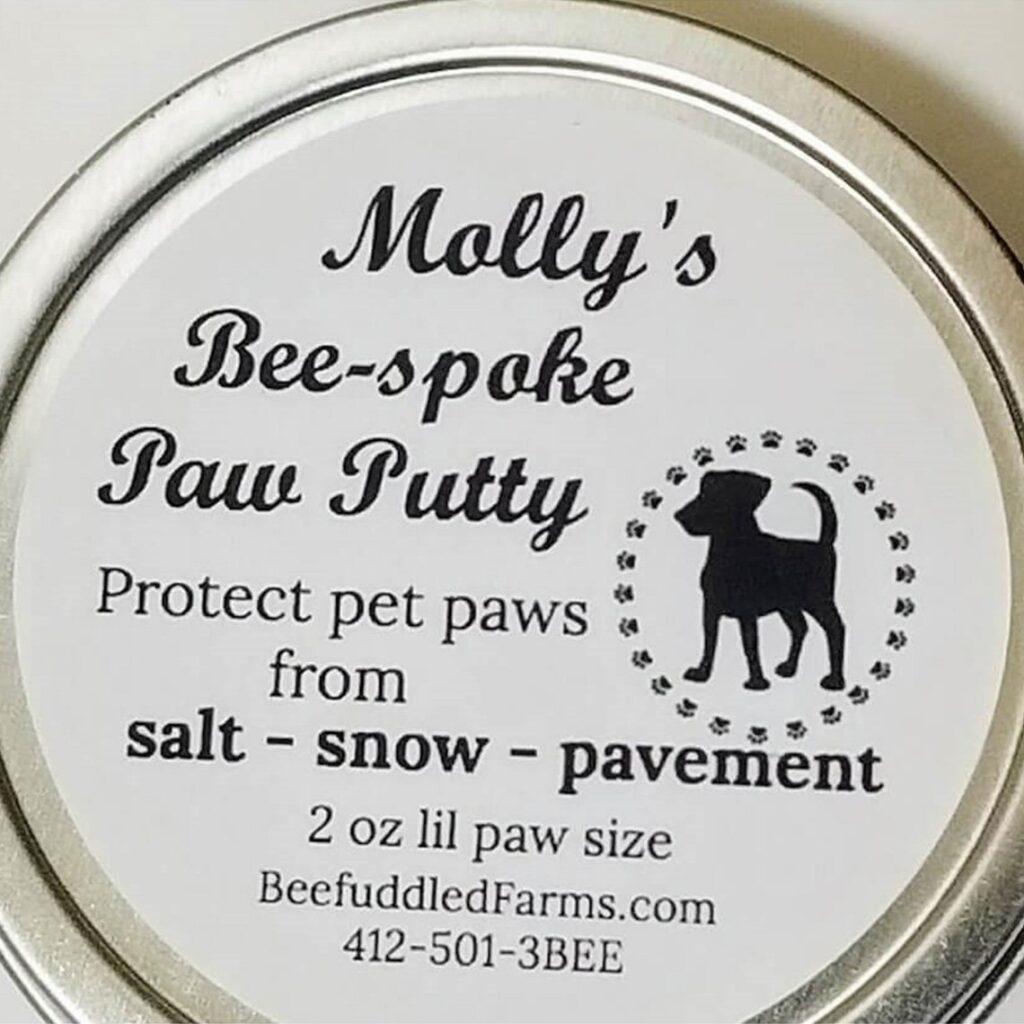 Molly's Bee-spoke Paw Putty is made using just two ingredients.